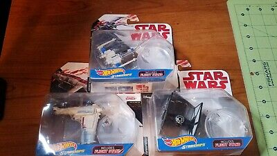Lot of 3 Star Wars Die Cast Hot Wheels Starships  W/stand,