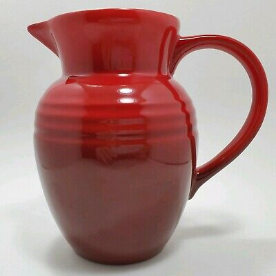 Le Creuset Pitcher Small Red Cherry Stoneware 07L 22 Ounce Excellent Pre-owned