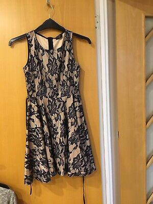 A X Girls / Ladies Dress Worn Once So Perfect Size 10 Cream / Navy Lace All Over