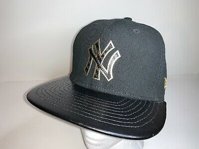 New Era NY New York Yankees Black Gold Hat Cap Snapback 9Fifty M-L Original Fit