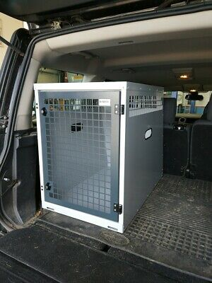 Dog Box UK Single Dog Transportation Box Crate Discovery 3 and 4