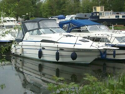 Bayliner 2755 in great condition veiwing a must