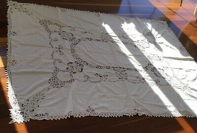 TABLECLOTH - WHITE LACE RECTANGULAR - VINTAGE ..2 X 2.5 Metres