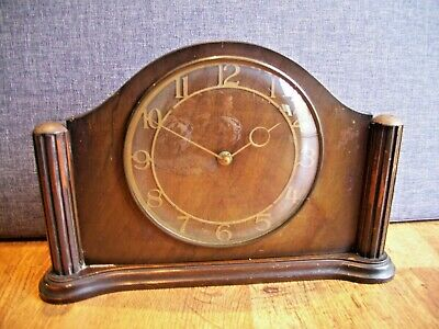 Antique 1930's Art Deco Slimline Oak Mantel Clock (Winding Mechanism Brass Time)