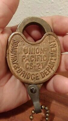 Union Pacific CS-21 (out of service) Railroad Padlock (antique) (REAL)