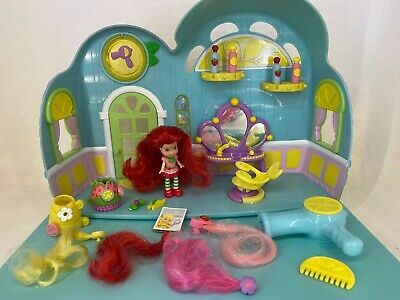 Strawberry Shortcake - Berry Fruity Salon + Figure / Doll & Accessories Playset