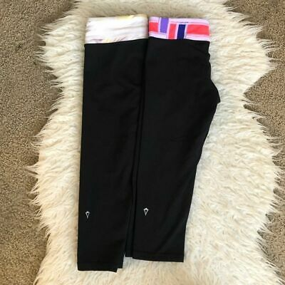 Girls Ivivva Lululemon 2 leggings crops black reversible size 14