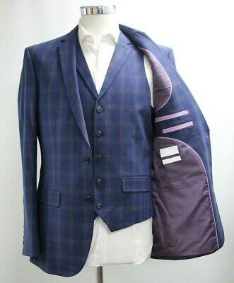 Men's Unbranded Navy Blue Checked 3pc Suit (40R)..Ref: 6786