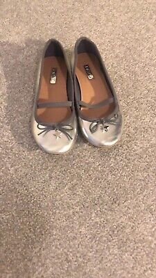 Girls fashion pumps silver with star charm size 13 (kids) - From Next