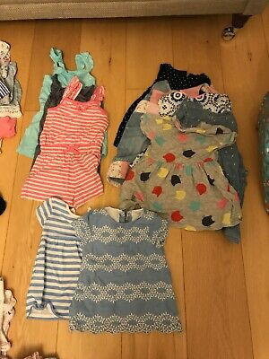 Lovely girls clothes bundle 12-18 months.