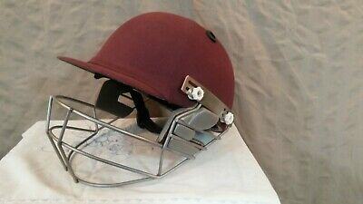 Masuri Men's Maroon Helmet and Grill. Size Large 58-61 cms. Used.Clean Condition