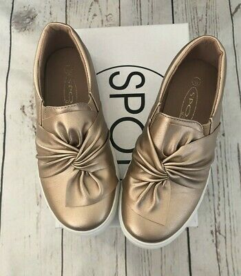 BNIB Girls Lipsy London Spot On Size 1UK (EUR33) Rose Gold Bow Trainers Shoes