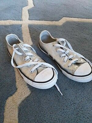 Girls ❤️ Silver Sparkly Low Top Converse Trainers   Size 1 Fab Look!!