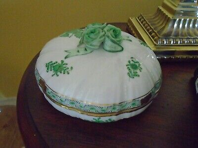 Herend Green Chinese Bouquet Porcelain Round Box Applied Rose Candy LARGE gold t