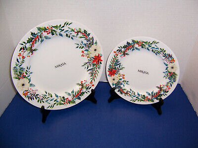 Mikasa Holly Wreath Floral Berry Pine Border 1 Dinner Plate & 1 Salad Plate New!