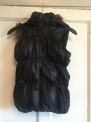 Girls Black Hooded Quilted Gilet Bodywarmer from Gap Age 10-11 years