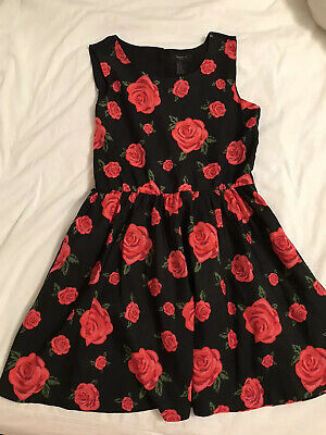 GIRLS DESIGNER BLACK WITH RED ROSE BUDS SIZE M (approx 8 Years)