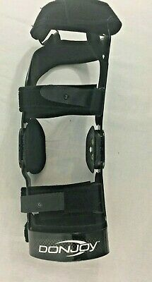 Donjoy OA Fullforce RIGHT KNEE BRACE  Small Black Lightly Used Missing 1 Pad