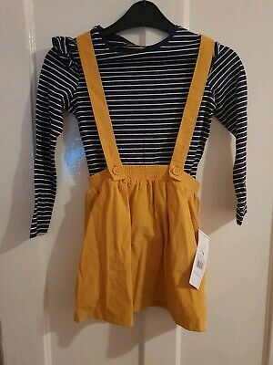BNWT Girls Age 6-7 Mustard Outfit