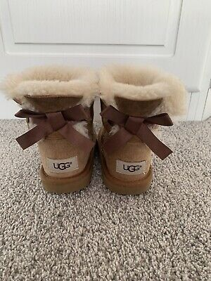 Girls Chestnut Bailey bow ugg boots size 11