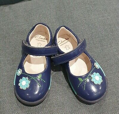 Clarks baby girls first shoes, 5.5F