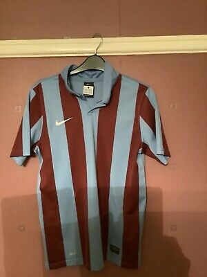 Nike Training Top Claret And Blue