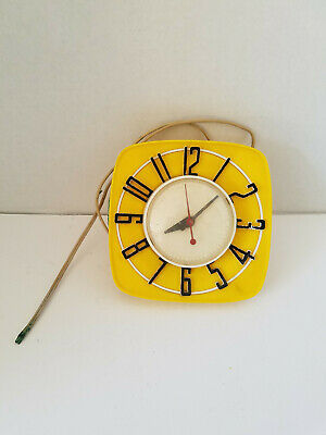 Vintage 1950s General Electric Telechron Wall Clock Model 2H44 - Yellow