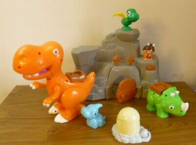 Toddlers Sainsbury's Play & Grow cave dinosaurs Play set with musical dino