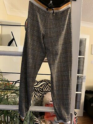 Prett Girls River Island Cuffed Checked Trousers Age 11-12
