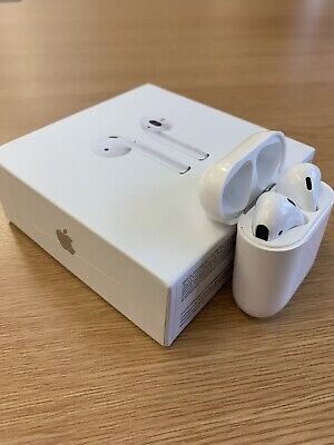 Apple AirPods 2nd Generation with Wireless Charging Case *BRAND NEW*