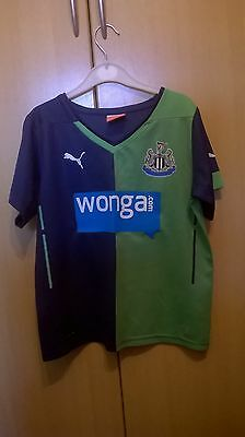 newcastle shirt size 26/28 childs (approx age 6-8 years) cisse number 9