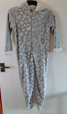 Girls 9-10 Years: GREY & WHITE HEART ONE-PIECE PYJAMAS