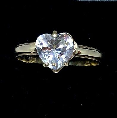 Signed 14K Solid Yellow Gold & Heart Shape Cz Ring  Size 9 1/2