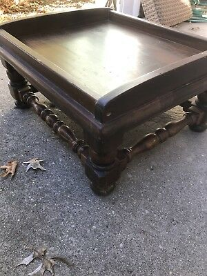 Ethan Allen Dark Antiqued Pine Old Tavern Tray Ottoman