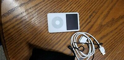 Apple iPod Classic 5th Gen. 30GB - White (MA002LL/A)