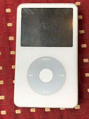 Apple iPod Video 5th Generation White (30 GB) With My Music 2000-2010