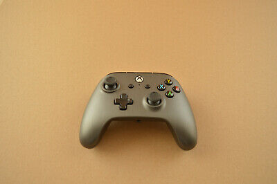 PowerA Wired Xbox One Controller Brushed Gunmetal in excellent used condition
