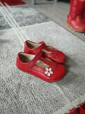 Girls shoes Clark's red size 5f