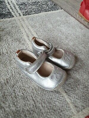 Girls shoes Clark's silver 3.5g