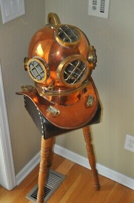 Replica / Reproduction Deep Sea Diving / Scuba Copper and brass and stand