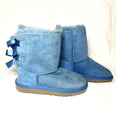 UGG Australia Bailey Bow Short blue suede boots KIDS 1
