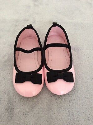 BNWT girls pink patent & black shoes from Mothercare. Size 7