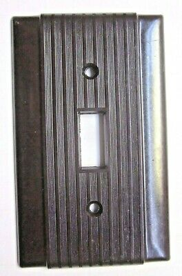 Uniline Hubbell Bryant Switch Plate Wall Cover Ribbed Brown Bakelite 1 Vintage