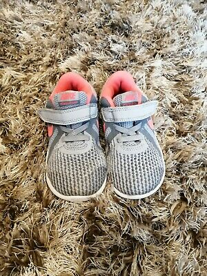 Girls Grey/Pink Nike Trainers Infant Size 7.5 Uk