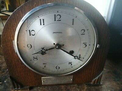 Vintage 8-Day STRIKING MANTEL CLOCK in good working condition