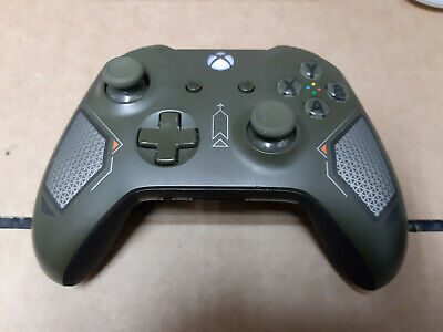 Official Microsoft Xbox One S 1708 Combat Tech Wireless Controller.