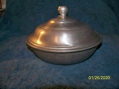 """1973 Vtg Wilton Columbia Armetale Pewter 8"""" inch Covered Serving Bowl Tavern"""