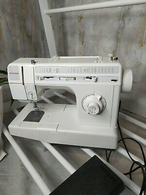 Singer 9836c Sewing Machine is working dropped Spares/repairs C80984138 cover