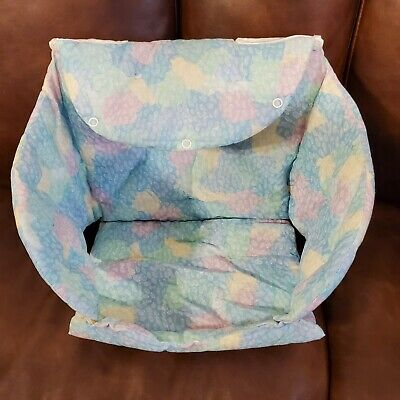 Baby car seat cover. Grocery car seat. Cushioned liner. Snaps for flat pad.