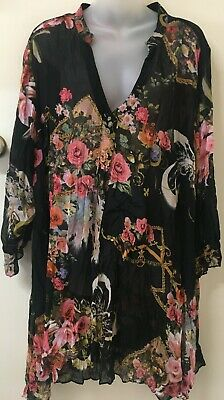Adini 100/% crushed polygeorgette V neck bls button through 3//4 sleeve printed S